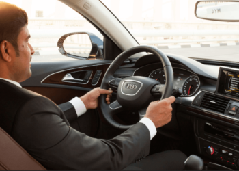 Hire a Private Driver in Dubai